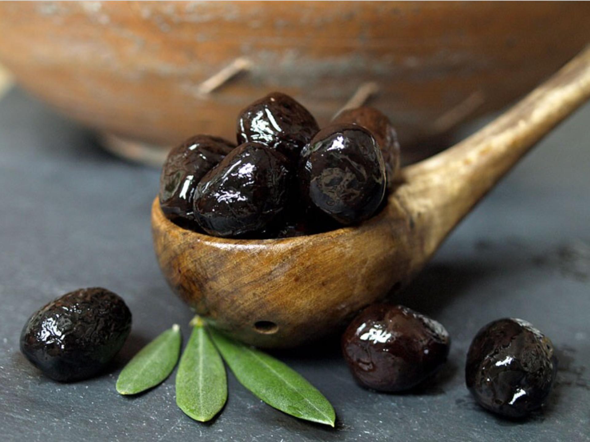 olive noire olive noire nature olive noire fa on gr ce. Black Bedroom Furniture Sets. Home Design Ideas