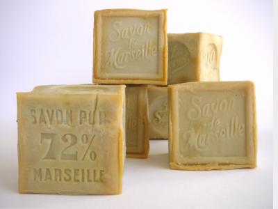 Savon De Marseille Cube de 300 g Blanc (Huile Végétale)