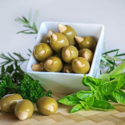 Stuffed green olives with almond