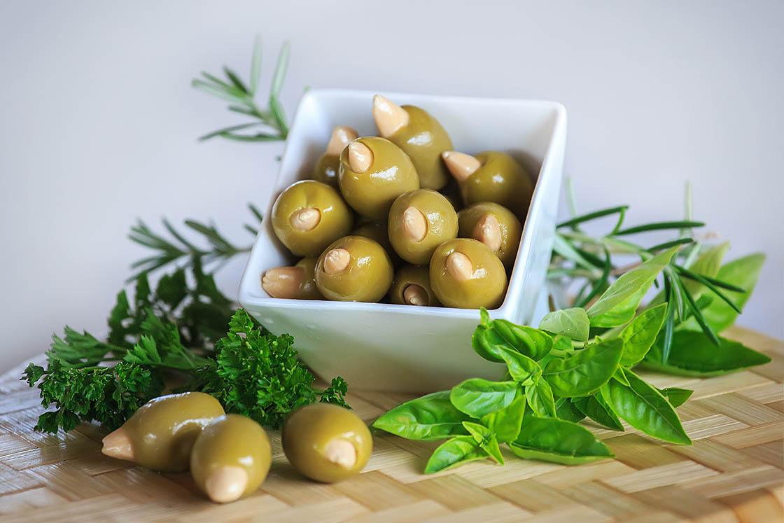 Olives aux amandes 1