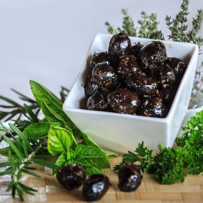 Olives La Tanche (région  de Nyons ) aux Herbes de Provence FRANCE